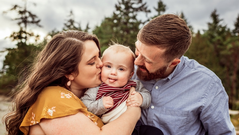 Family Photographer, Family Photography Memories, Mother kissing son on his cheek